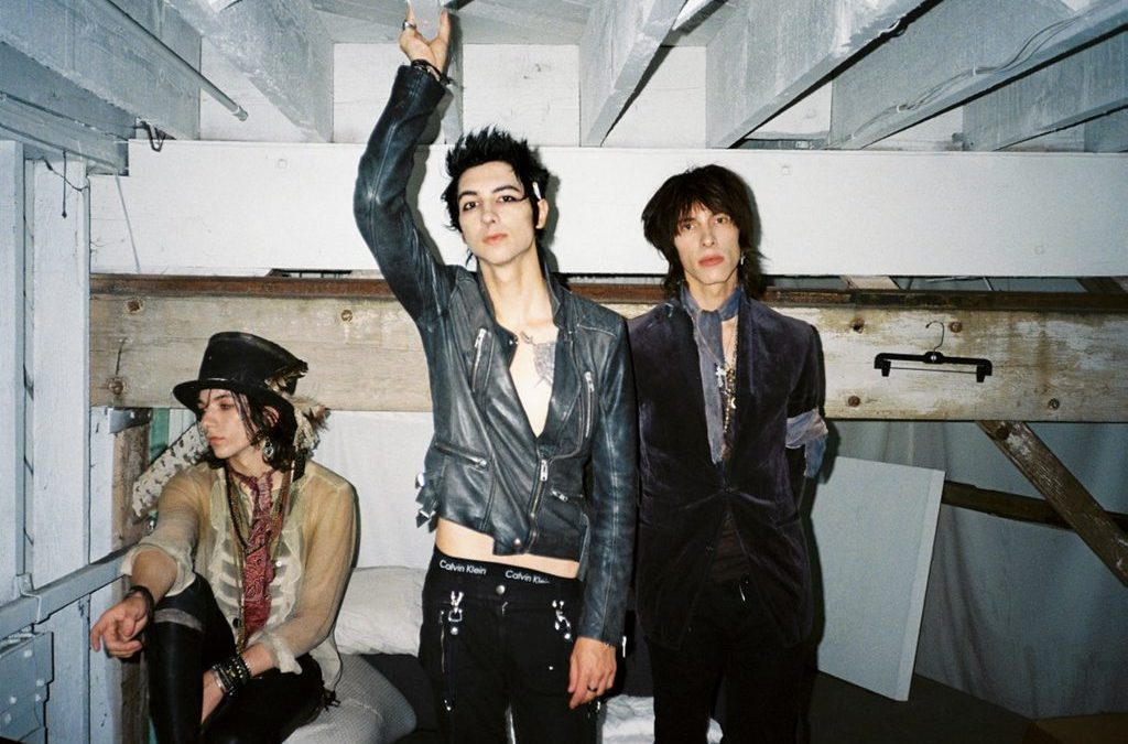 You are cordially invited to the court of the Palaye Royale.4 min de lecture