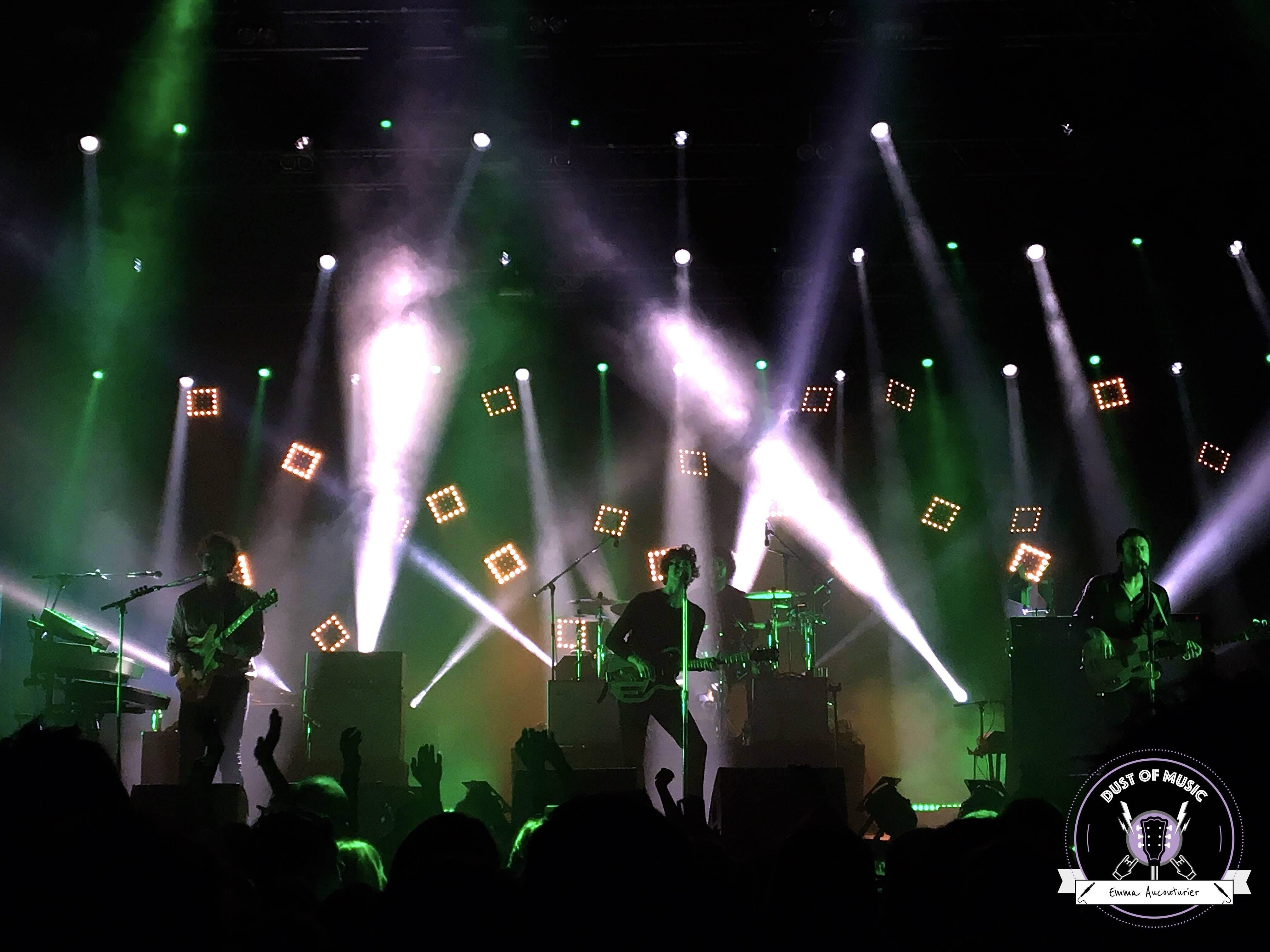 The Kooks à Prague : un concert à la nostalgie joyeuse et insouciante.6 min de lecture