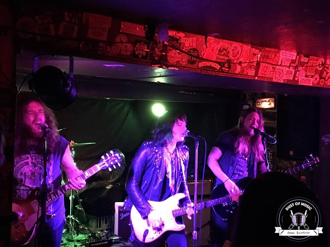 Tyler Bryant & The Shakedown à Prague : du Rock N' Roll à l'état pur !7 min de lecture