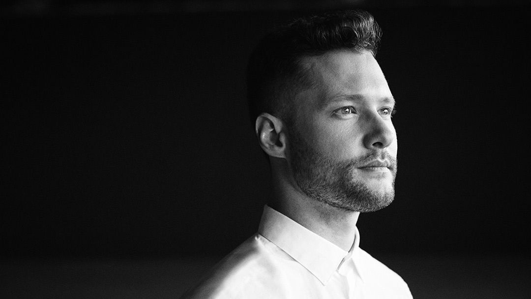 Calum Scott : the new British sensation with a powerful voice.2 min de lecture